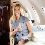 Вино в частном самолете
