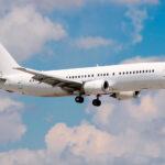 {:fr}L'AVIATION COMMERCIALE: LA VENTE DES AVIONS BOEING 737 / BOEING 737-400. LA VENTE DES ANCIENS DANS L'EXPLOITATION DES AVIONS BOEING 737 / BOEING 737-400.